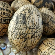 SewforSoul: Plastic Eggs ~ Napkin & Old Book Pages Decoupage Tutorial