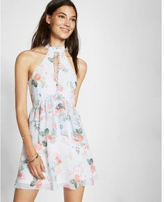 floral print tiered fit and flare dress - express Fit Flare Dress, Fit And Flare, Express Dresses, Passion For Fashion, New Dress, What To Wear, Fashion Dresses, Floral Prints, Clothes