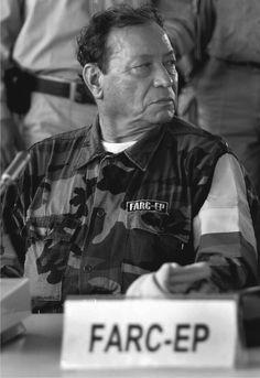 Hoy en 1964, Manuel Marulanda Vélez funda las FARC.  Disfruta nuestras nuevas publicaciones!, te ilustraras y te mantendrás al tanto de lo que paso cada día de nuestro presente en el pasado. Red IME... Te Conecta!.