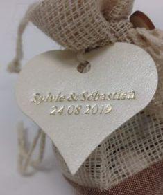 2000 GOLD /& IVORY tissu Jeter Mariage Confettis coeurs Fête Décoration