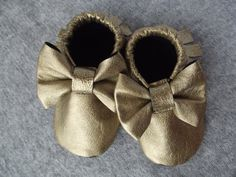 Gold Leather Baby Moccasins with Bow Lined by smallwonderwoolies, $30.00