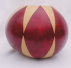 Calabash Gourd, Decorative Gourds, Gourd Crafts, Gourd Art, Wood Carving, Projects To Try, Arts And Crafts, Ornaments, Board