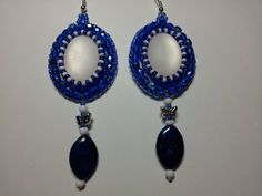 The cab is polaris, I used size 9 and 10 seedbeads and fire polished cut beads. The bead at the bottom is a genuine lapislazuli. Beaded Earrings, Pearl Earrings, Drop Earrings, Spring Colors, Blue And White, Etsy Shop, Beads, Elegant, Fire