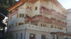 Hotel Edda - 3 Star #Hotel - $81 - #Hotels #Italy #SelvadiValGardena http://www.justigo.co.za/hotels/italy/selva-di-val-gardena/edda_161555.html
