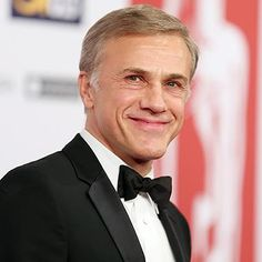 Christoph Waltz will see you now. The German-Austrian actor is in early talks to play the cybersurgeon and mentor Dr. Dyson Ido in James Cameron...
