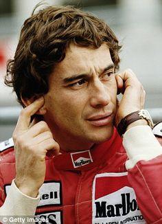 A 20 años de la muerte de uno de los pilotos de Fórmula 1 más famosos; Ayrton Senna lo recordamos con el mejor documental sobre su vida y carrera. http://www.linio.com.mx/libros-y-musica/cine/