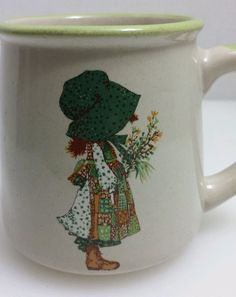 Vtg Holly Hobbie Hobby Coffee Cup Mug 1978 Beige with Green Rim and Handle #WWA