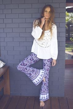 I like those flowy, patterned pants better as flares.