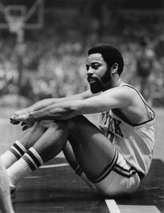 Vintage Walt Clyde Frazier New York Basketball, Basketball Finals, Nba Stars, Sports Stars, Nba Players, Basketball Players, New York Knickerbockers, Walt Frazier, Oscar Robertson