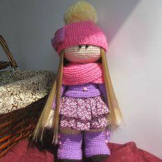 lark_amigurumist:: #handicraft #crocheting #knitting #newdoll #madewithlove #amigurumi #amigurumidoll #хобби #вяжу #шьювпервые #рукоделие #интерьернаякукла #кукларучнойработы #дианапацкун #подароксвоимируками У меня новиночка! Интерьерная куколка связана по мастер-классу Дианы Пацкун. Спасибо ей огромное за подробное описание и подаренное вдохновение. Я влюбилась в эту девочку в исполнении Дианы и очень хотела сделать ее сама но долго не решалась. И сейчас расскажу почему: со спицами я…