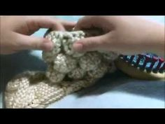 How to Loom Knit the Crocodile Stitch - YouTube