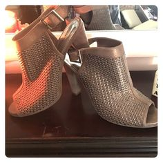 Jennifer Lopez for Kohls Studded Suede Heels Worn once ! Iridescent taupe studded heels. Great thick heel makes walking a breeze, with an adorable peep toe to show off those spring pedicures ! Jennifer Lopez Shoes Heels