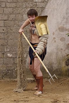 The gladiator Cupido in the amphitheatre of Xanten Gods Of The Arena, Roman Gladiators, Marshal Arts, Roman Era, Epic Movie, Relationship Goals Pictures, Action Poses, Trident, Ancient Rome