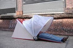 FOLDABLE URBAN SHELTERS  COULD SOLVE HOMELESSNESS