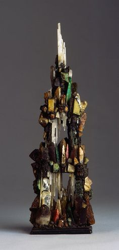 A Rare Russian Mineral Spar Tower, Century. This is a man-made assemblage, built with minerals in their natural crystal form. Cool Rocks, Beautiful Rocks, Minerals And Gemstones, Rocks And Minerals, Rock Collection, Mineral Stone, Rocks And Gems, Stones And Crystals, Natural Crystals