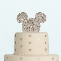 Every wedding cake deserves its perfect mate - a great cake topper! #wedding #cake #topper #Mickey #Disney