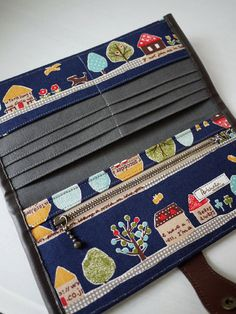 Транзакция на Etsy Night Home Sweet Home Long Wallet - RESERVED