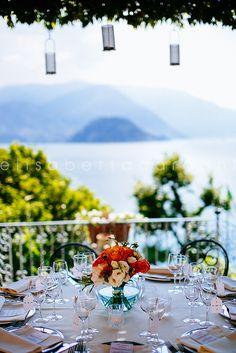 #elisabettacardani #italianstyle #centrotavola #cenainterrazza #lago #tiffany #arancione