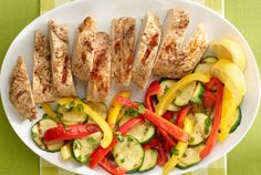 Try a versatile & tender turkey breast tenderloin that can be baked, grilled or made in a slow cooker. Preseasoned with a savory roast flavor and fat free. Healthy Desayunos, Healthy Food Choices, Healthy Eating, Healthy Recipes, Keto Recipes, Turkey Tenderloin Recipes, Turkey Recipes, Chicken Recipes, Grilled Turkey