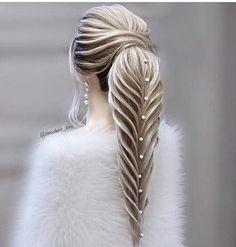 Rate this bridal hair inspiration from We give it 🙌👌 - Repost - - - Bride Hairstyles, Pretty Hairstyles, World Hair, Fantasy Hair, Hair Art, Hair Today, Hair Designs, Hair Jewelry, Hair Hacks
