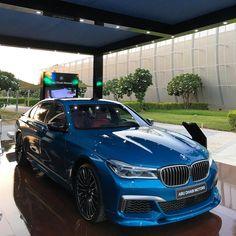 1,453 вподобань, 12 коментарів – Mulham Moussa (@bmwdreamauh) в Instagram: «BMW M760Li V12 Twin Power Turbo 610 HP 3.7 Sec 0-100 Km»