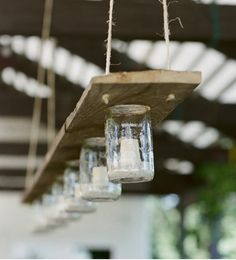 Selbermachen Kronleuchter-Einweckgläsern recyceln-ideen There are lots of things that can easily eventually complete your back Pot Mason Diy, Mason Jars, Glass Jars, Canning Jars, Pots Mason, Glass Candle, Clear Glass, Luminaria Diy, Mason Jar Chandelier