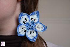 Blue flower hair elastic +°+ Élastique cheveux fleur bleue