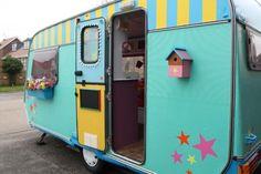 Exclusive: Hattie & Flora create library-caravan for primary school pupils