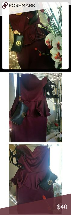 Burgundy bcbg body glove dress What i really like about this dress is that it covers any kind of tummy roll while still showing your figure. Length goes down to my lower thighs.  I am 5'1 130lb. BCBG Dresses Strapless