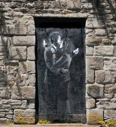"By Banksy :""Phone Lovers"""