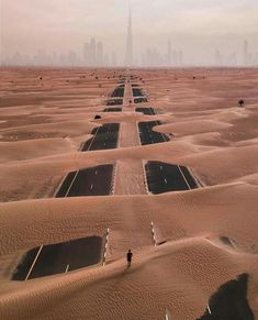 Sand storm in Dubai. Pink Floyd Album Covers, Pink Floyd Albums, Pop Culture News, Aerial Drone, Drone Photography, City Photography, Augmented Reality, New Image, High Quality Images