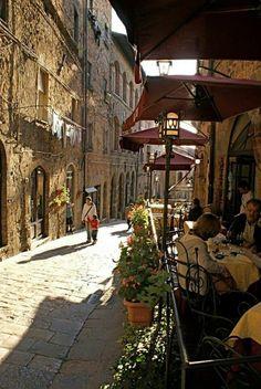 location toscane, visiter la toscane, les rues italiennes