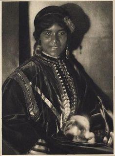 Aida - Adolph de Meyer, 1912