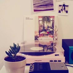 #audiotechnica #turntable #pink #urbanoutfitters #emilehaynie #wefall #lp #lanadelrey #home #design #vibtage