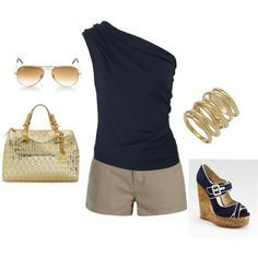 Love this summer look... navy is so classic