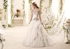 Moda sposa 2015 - Collezione COLET. EMERALD COAB15312IVLL. Abito da sposa Nicole.