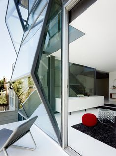 Photo 4 of 12 in Flip House by Fougeron Architecture - Dwell