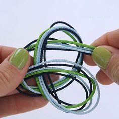 Cómo hacer una pulsera con nudo infinito multicolor