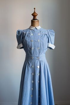 1930s RESERVED Blue and white gingham dress by FlowersOfTheMeadow on Etsy https://www.etsy.com/dk-en/listing/454651106/1930s-reserved-blue-and-white-gingham