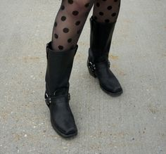A Pop of Dots : Miss Rosie O; polka dot tights? yes please!