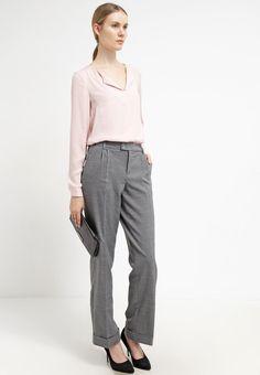 Opus MILJENA - Spodnie materiałowe - soft grey - Zalando.pl
