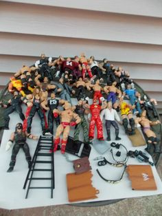 Large Lot of WWF WWE Figures Wrestlers 25+ Accessories