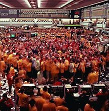 Futures Trading - wow hectic there! Chicago Mercantile Exchange, Trading Brokers, Online Trading, Dream Job, Economics, Stock Market, Dinosaurs, Marketing, Education