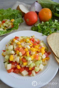 Deliciosa ensalada de jícama y mango o un ceviche vegetariano. Lleno de sabor, listo en minutos, saludable y muy fácil de preparar! Te va a encantar.