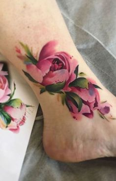 [orginial_title] – Ide Tattoos Cute Pink Floral Flower Ankle Tattoo Ideas for Women – Watercolor Tattoo Ideas … Cute Pink Floral Flower Ankle Tattoo Ideas for Women – Watercolor Tattoo Ideas … – Ankle Band Tattoo, Flower Tattoo On Ankle, Flower Foot Tattoos, Floral Foot Tattoo, Leg Tattoos, Body Art Tattoos, Tatoos, Delicate Flower Tattoo, Tattoo Flowers