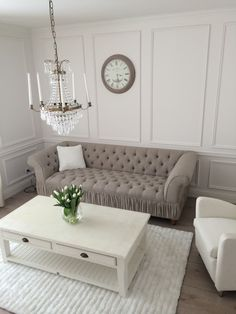 Riviera Maison couch and table