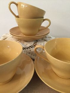 Wedgwood Cups and Saucers Etururia England by PineStreetPickers