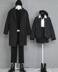 korean fashion fall outfits matching couple boy girl black with white button up shirt beret coat Fashion Couple, Fall Fashion Outfits, Cute Fashion, Look Fashion, Girl Fashion, Fashion Design, Rock Outfits, Edgy Outfits, Fashion Ideas