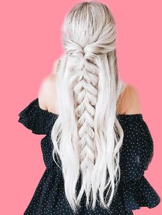 >>>Visit>> 50 Ash Blonde Hair Color Ideas 2019 Ash blonde is a shade of blonde that's slightly gray tinted with cool undertones. Todays article is all about these pretty 50 Ash Blonde Hair Color. Blond Hairstyles, Trendy Hairstyles, Medium Hairstyles, Hairstyles With Hair Extensions, Straight Hairstyles For Prom, Platinum Blonde Hairstyles, Hair Extension Hairstyles, Clip In Hair Extensions Styles, Braided Hairstyles For Long Hair