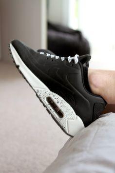 official photos f5275 c7bdb DREAM FASHION. Nike Air Max TrainersClogs ShoesShoes ...